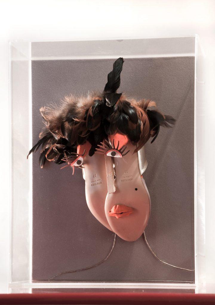 Bonjour Tristesse – (2009) tecnica mista, 40 x 50 x 25 cm
