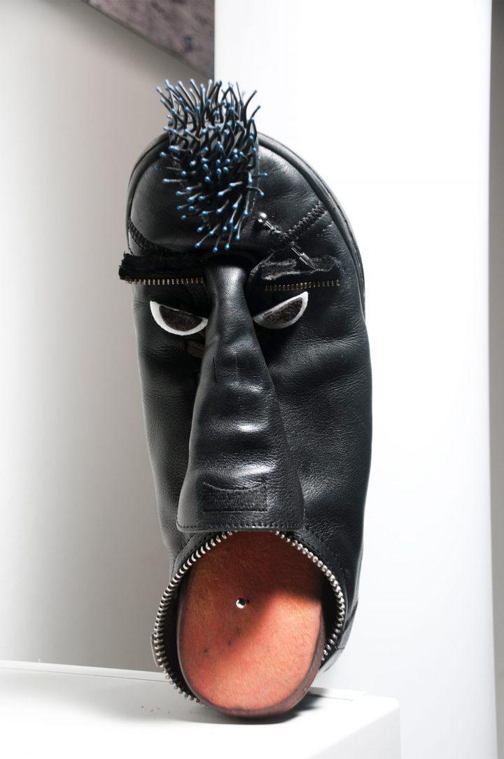 Ranza Punk (2009) tecnica mista – dimensioni scarpa